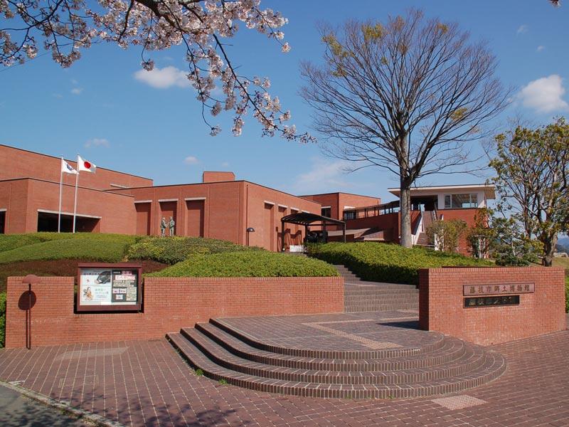藤枝市郷土博物館・文学館